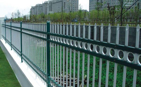 湖北交通锌钢护栏的规划安装需要遵循哪些原则