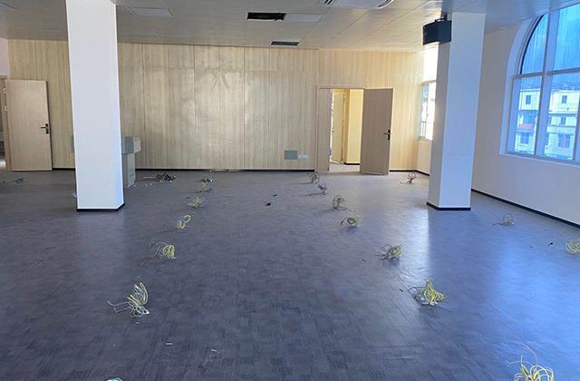莆田农商银行塑胶地板工程案例