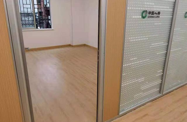 pvc膠地板