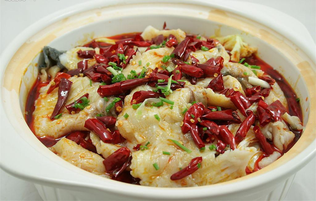 濮阳专业厨师培训与你分享家常水煮鱼的制作方法