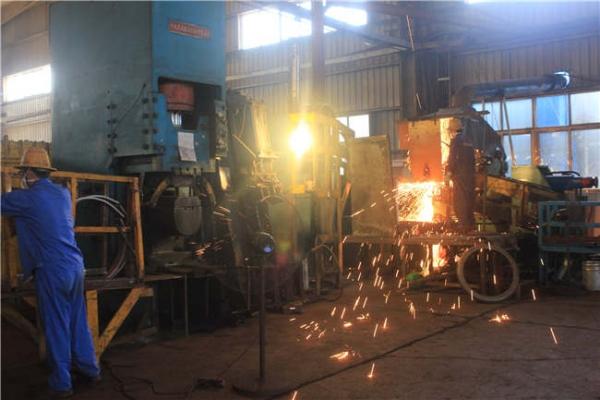 车轮配件专业焊接设备