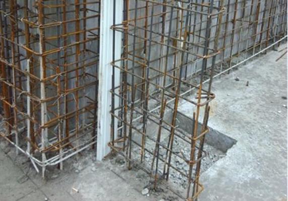 竖向PVC结构拉缝板