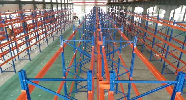 轻型仓储货架、中型仓储货架和重型仓储货架装载材料的主要特点