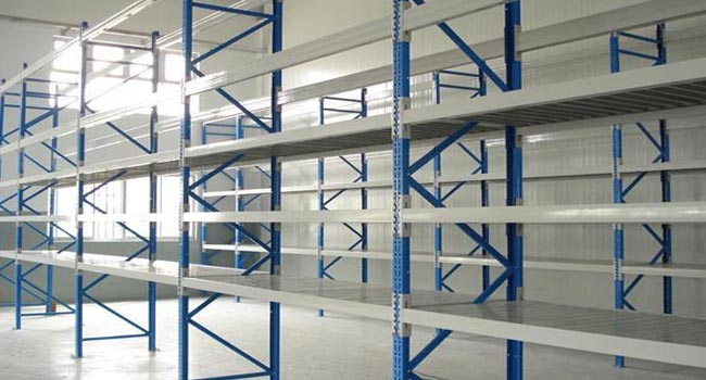 为什么青岛仓储货架要每周检查一次?