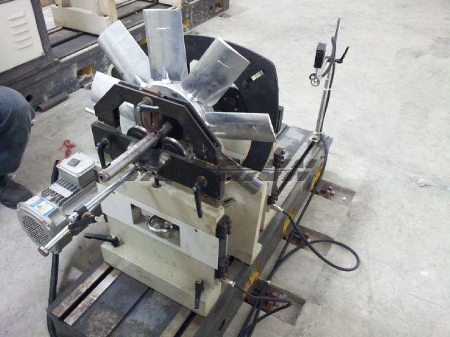青岛轮胎动平衡机