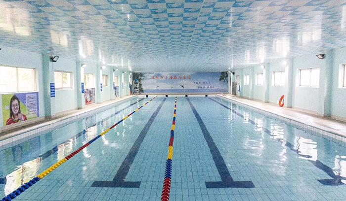日照小海豚游泳馆