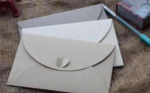青岛定制信封厂家教您信封的简单折叠方法/步骤