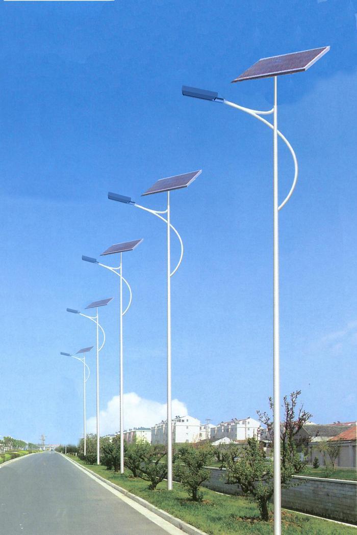 合适在乡村路上安裝的太阳能灯
