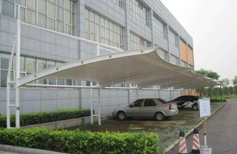 西藏张拉膜车棚厂家