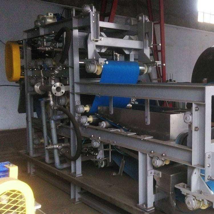 尾矿污水处理设备如何做好日常维护?泥水设备的优越性体现在哪?