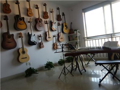 吉他培训室一角