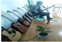 吉他教师-杨老师