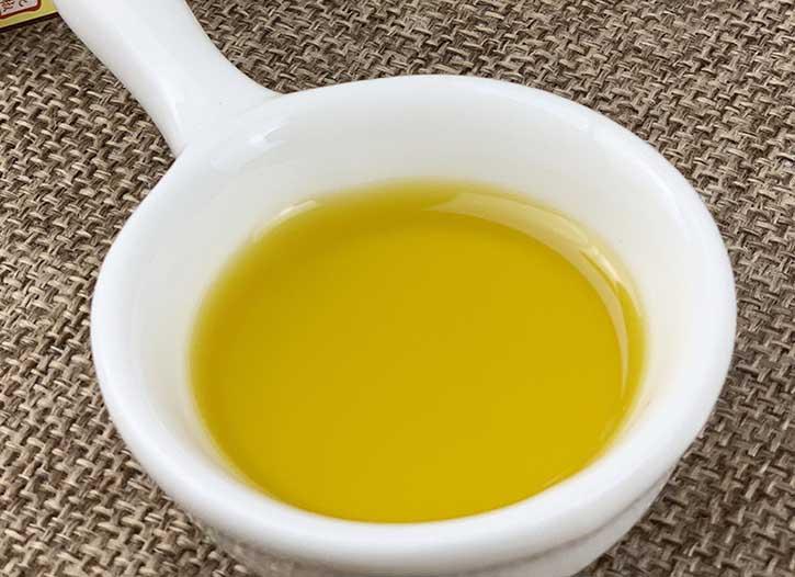 现在藤椒油在川菜中的使用是越来越多了