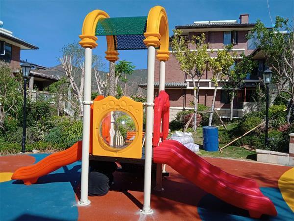 攀枝花市仁和普達南宛塑膠地坪和玩具