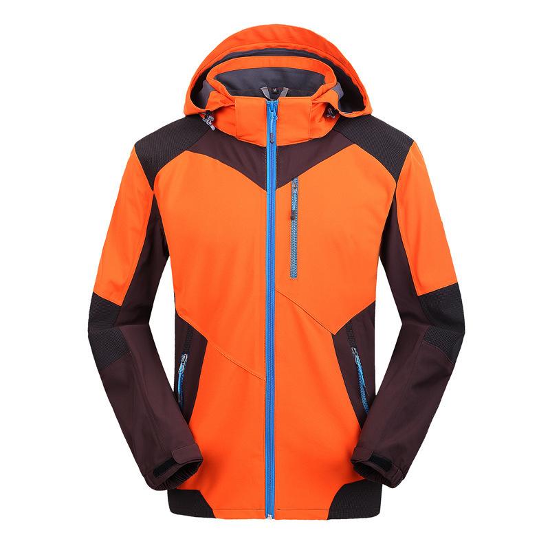 橙色防水冲锋衣