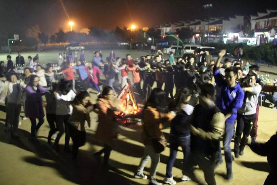 2014年3月份篝火晚会