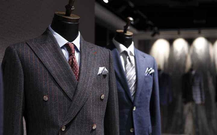 咸阳荣城制衣公司:专业西服定制,传统与现代感相结合