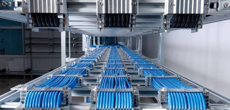 因为电缆桥架生产线有良好的防火性能