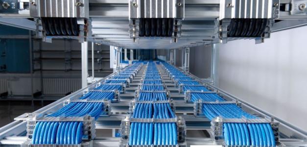 电缆桥架生产线需以质量和服务争口碑