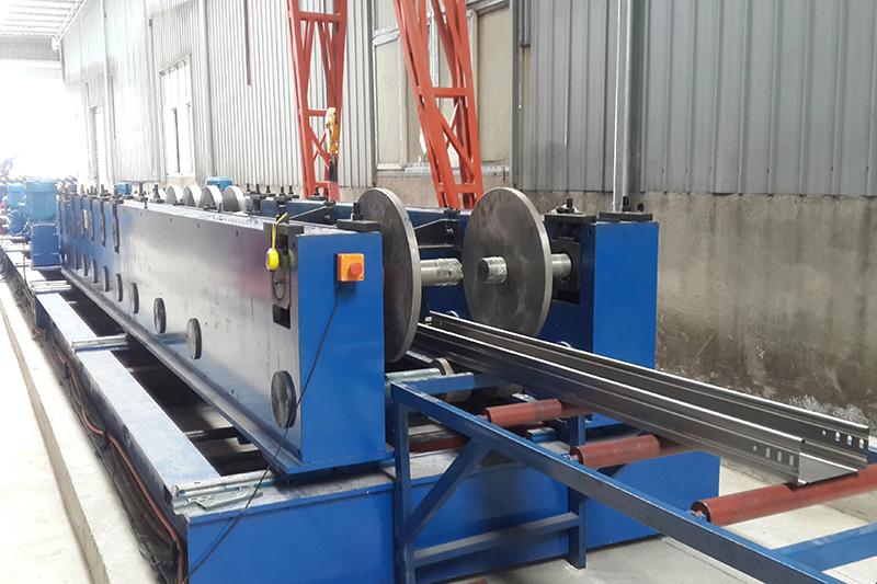 电缆桥架设备自动生产线