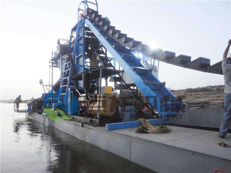 抽沙淘金船设备