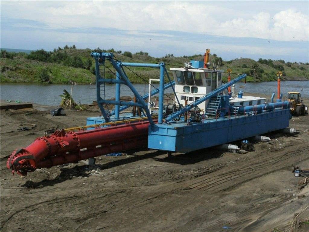 清淤设备滑坡的成因以及应对措施