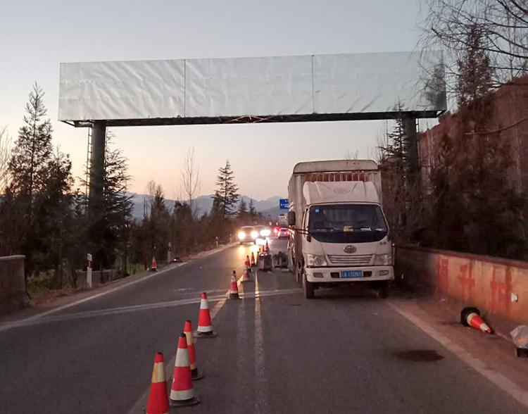 道路跨线桥广告