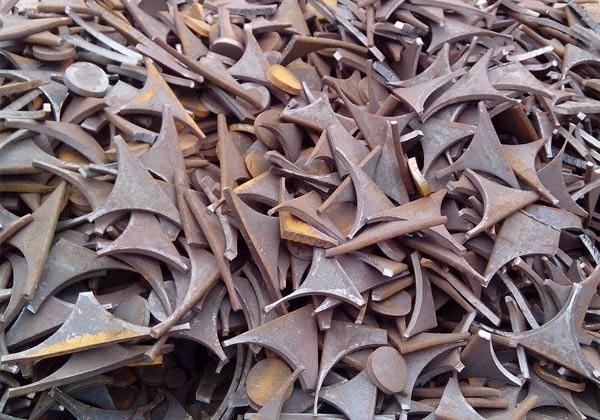 金属回收后会通过预热避免对熔融的金属造成污染