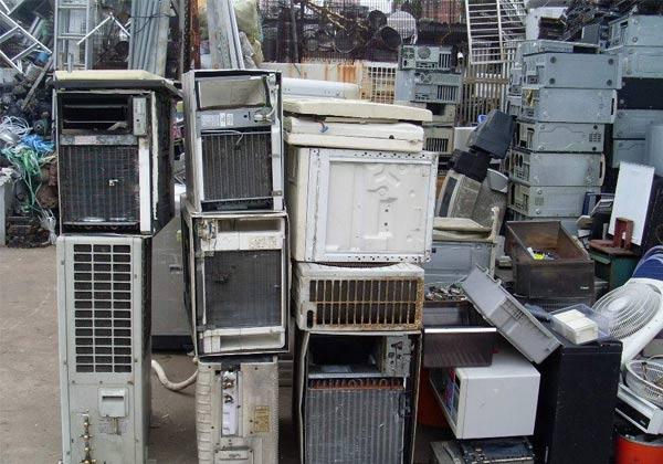 废旧空调回收厂家会把能够利用的部件保留