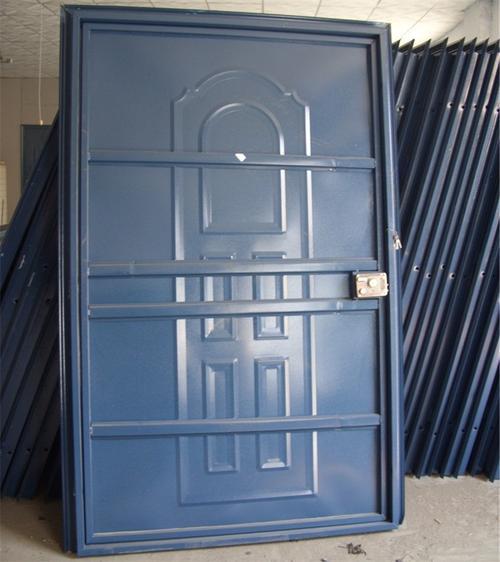 室内储藏间门