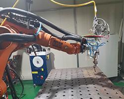三维柔性平台多功能机器人