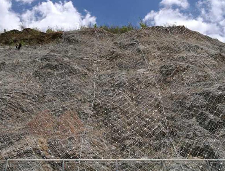云南边坡防护网案例