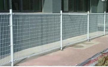 双圈护栏网在施工时应注意些什么
