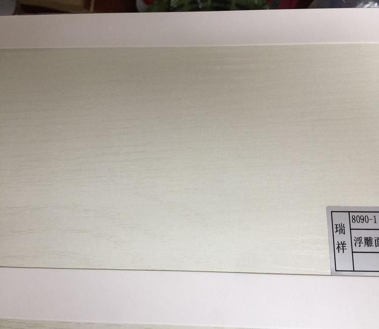 板材生产厂家给您建议买衣柜选择什么板材好?