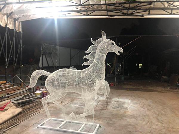 户外铁艺雕塑