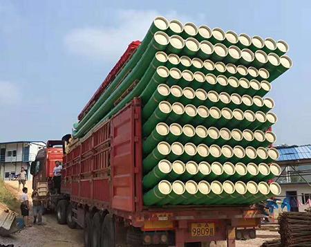 竹筏厂家讲解传统竹筏的衍生品塑料竹筏