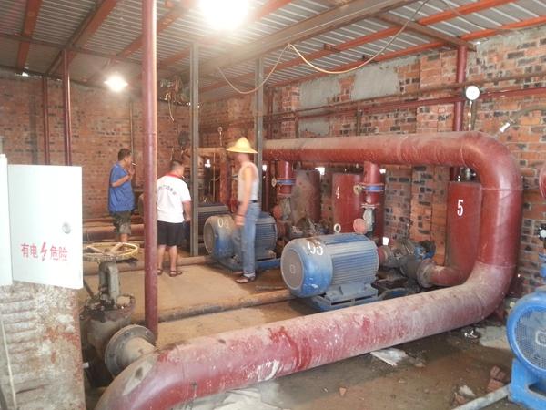 2019年7月,双吸泵安装现场