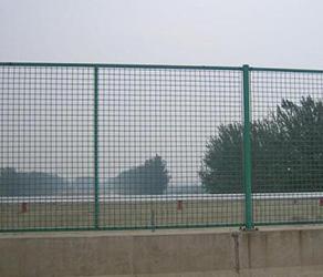 市政护栏所具备的特点都有哪些呢