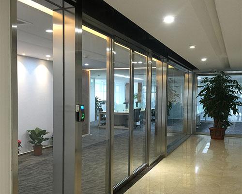 福州鋁合金多扇式平移門的設計亮點