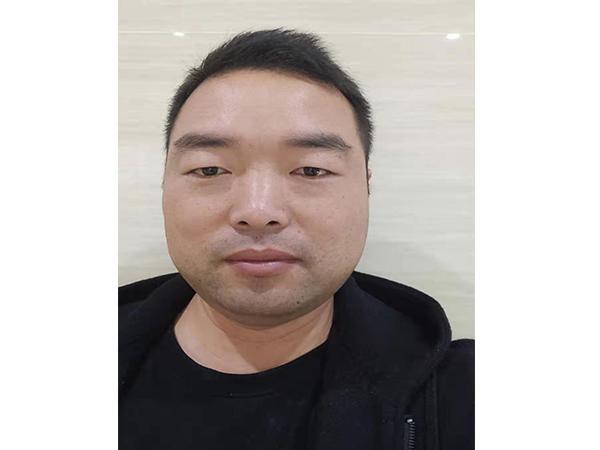 张伟_企业负责任
