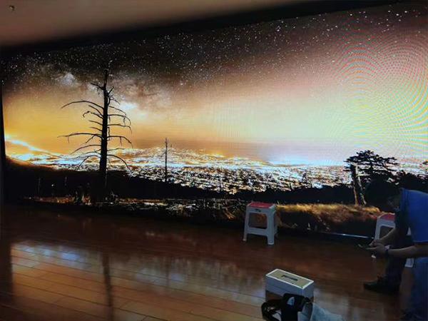 成都室内全彩LED显示屏安装现场