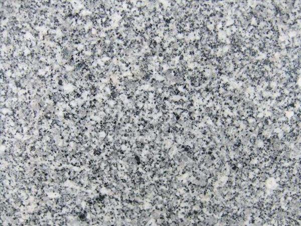 如何深层次清理芝麻白石材