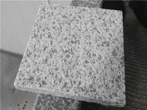 影响芝麻白花岗岩加工速度的因素