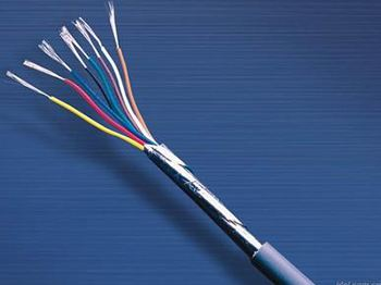计算机电缆线