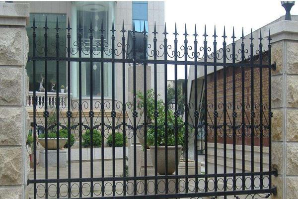 绵阳别墅锌钢护栏