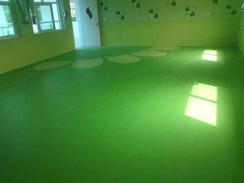 PVC塑胶地板适合家庭使用吗