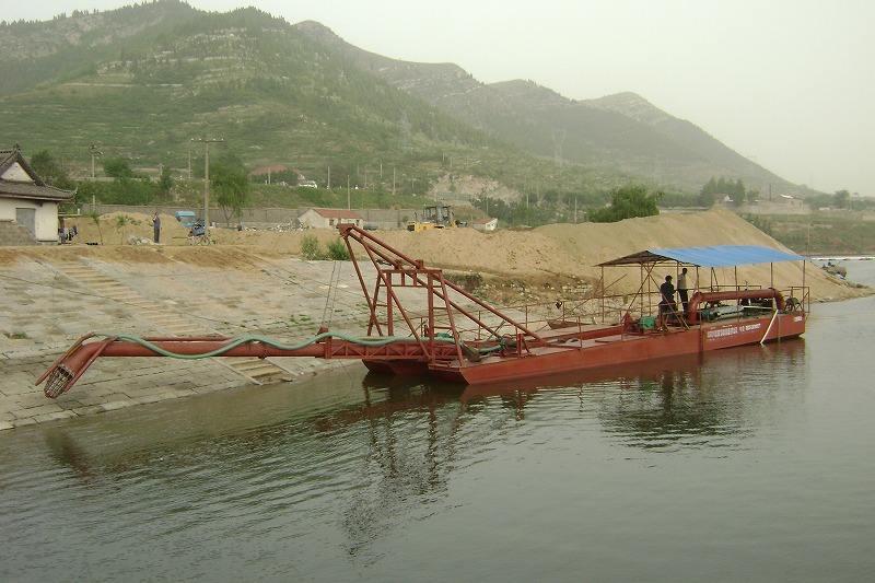 清淤设备对河道水库的重要性