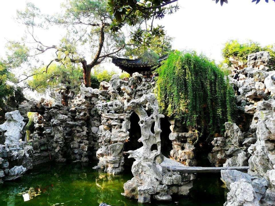 古建假山廠家:中國玉石雕刻的圓雕與浮雕