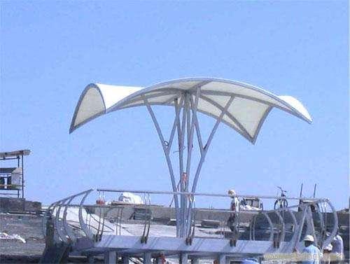 膜结构中柱伞