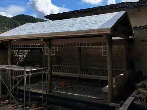 福清防腐木木屋涂刷防水注意事项
